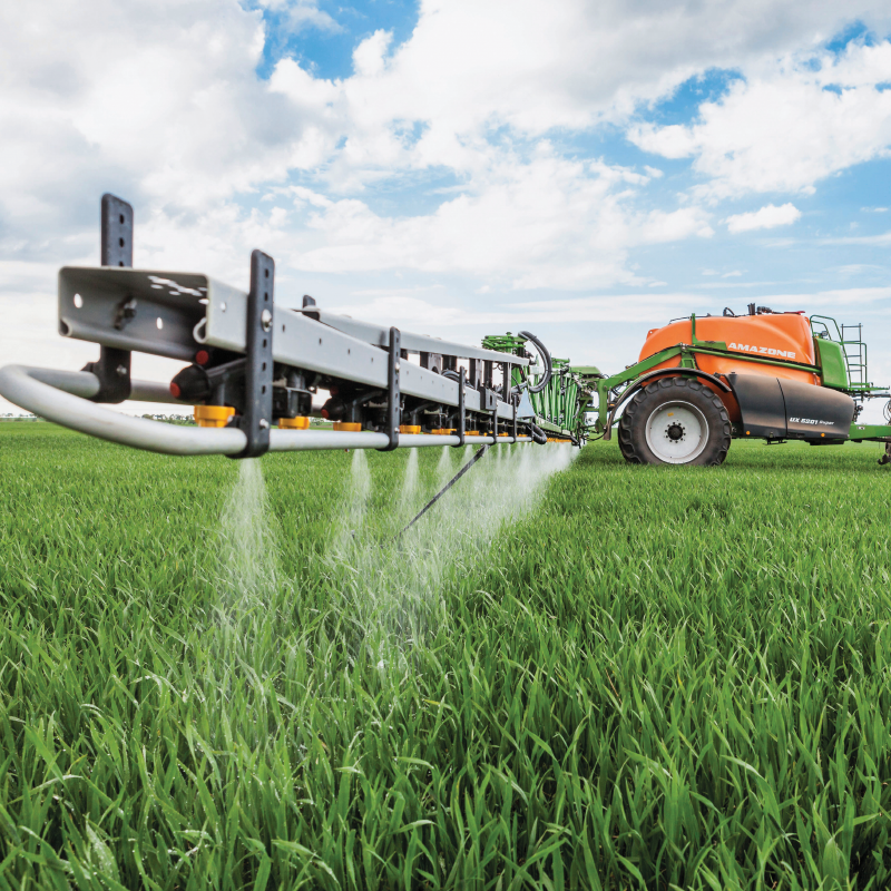 Amazone UX Sprayer