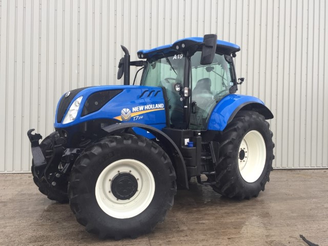 11161019 - New Holland T7.210 A19 Tractor