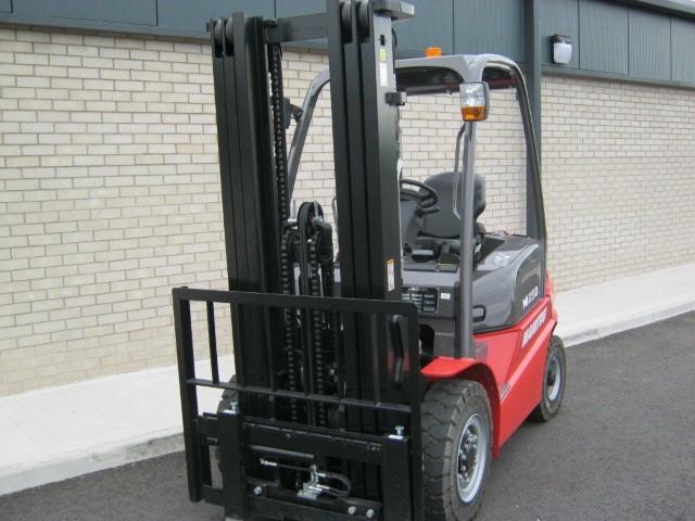 11168875 - Manitou MI25D Forklift