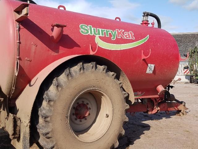 11173806 - SlurryKat 11000l Tanker