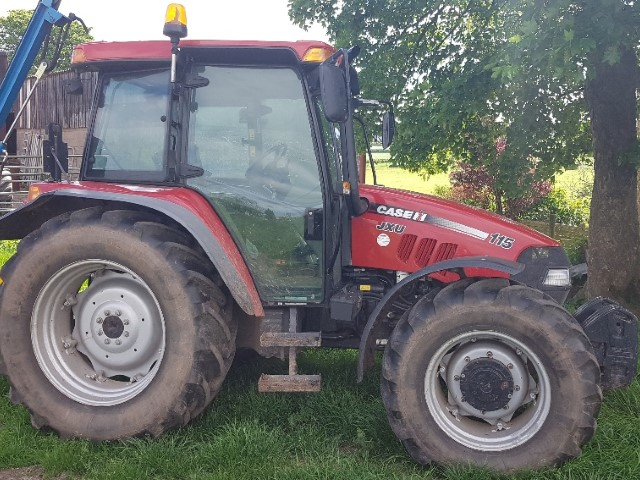 11173973 - Case JXU115 Tractor