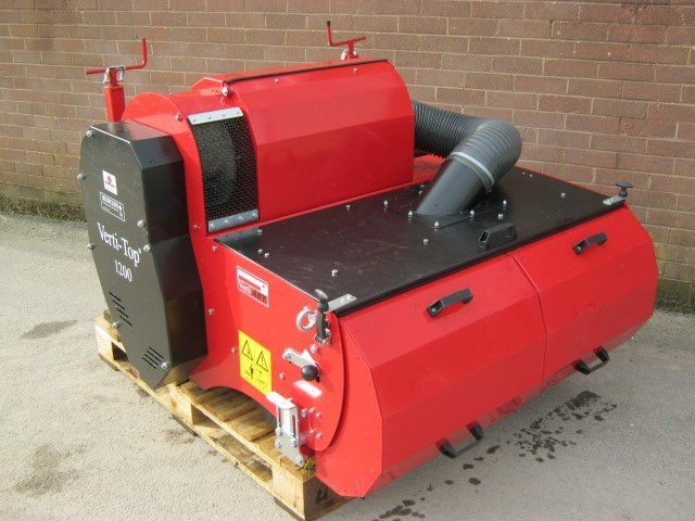 21168707 - Charterhouse Verti-Top1200 Synthetic Turf Cleaner