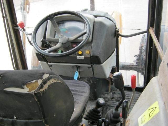 21170859 - Renault Ceres 85x Tractor