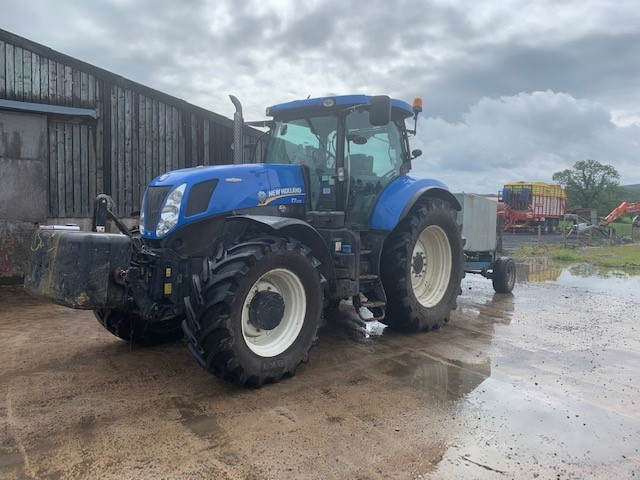 21172806 - New Holland T7.235 Tractor