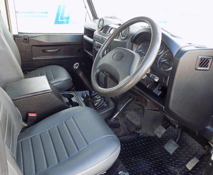 31170065 - AF09 HMA - Land Rover Defender Hard Top TDC - £9995 +VAT