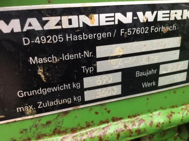 31170367 - Amazone ZAM3000 Ultra Fertiliser Spreader