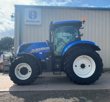 41169762 - New Holland T7.210 Tractor