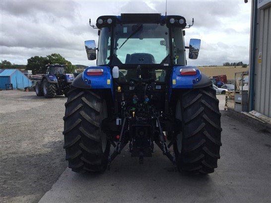 41170845 - New Holland T5.105 Tractor