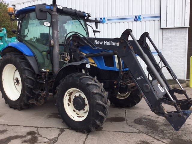 31173283 - New Holland T6020 Tractor - £26000