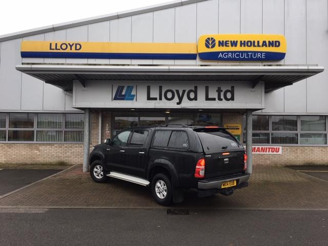 14 14 Toyota Hilux - £14495