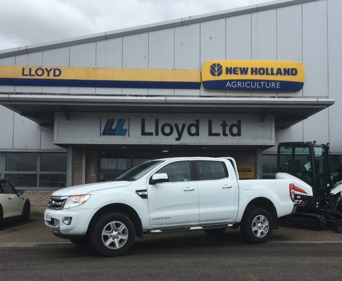 YS65 NPC - Ford Ranger Limited 2.2 Double Cab
